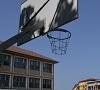 Curțile școlilor se deschid pentru activități sportive